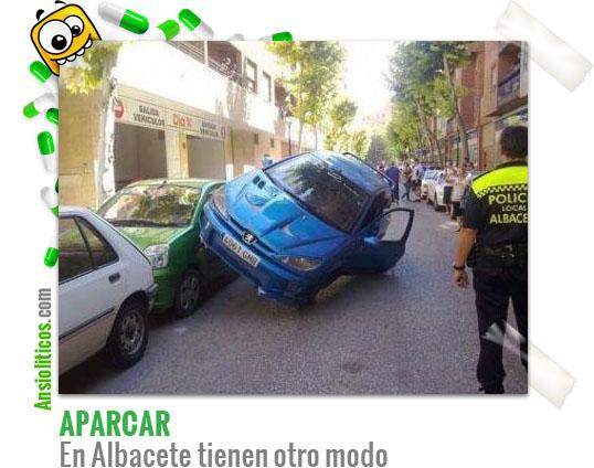 Chistes de aparcar coches en Albacete